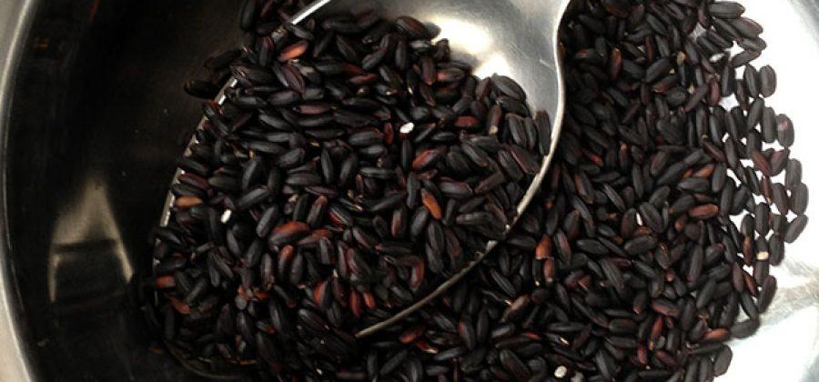 Как приготовить черный рис и погадать на счастье?