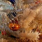 Как выбрать современную искусственную новогоднюю ёлку? Обзорная статья