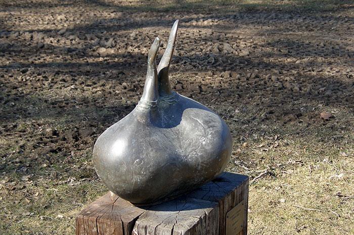 луковица тюльпана, памятник луковице тюльпана в Швеции